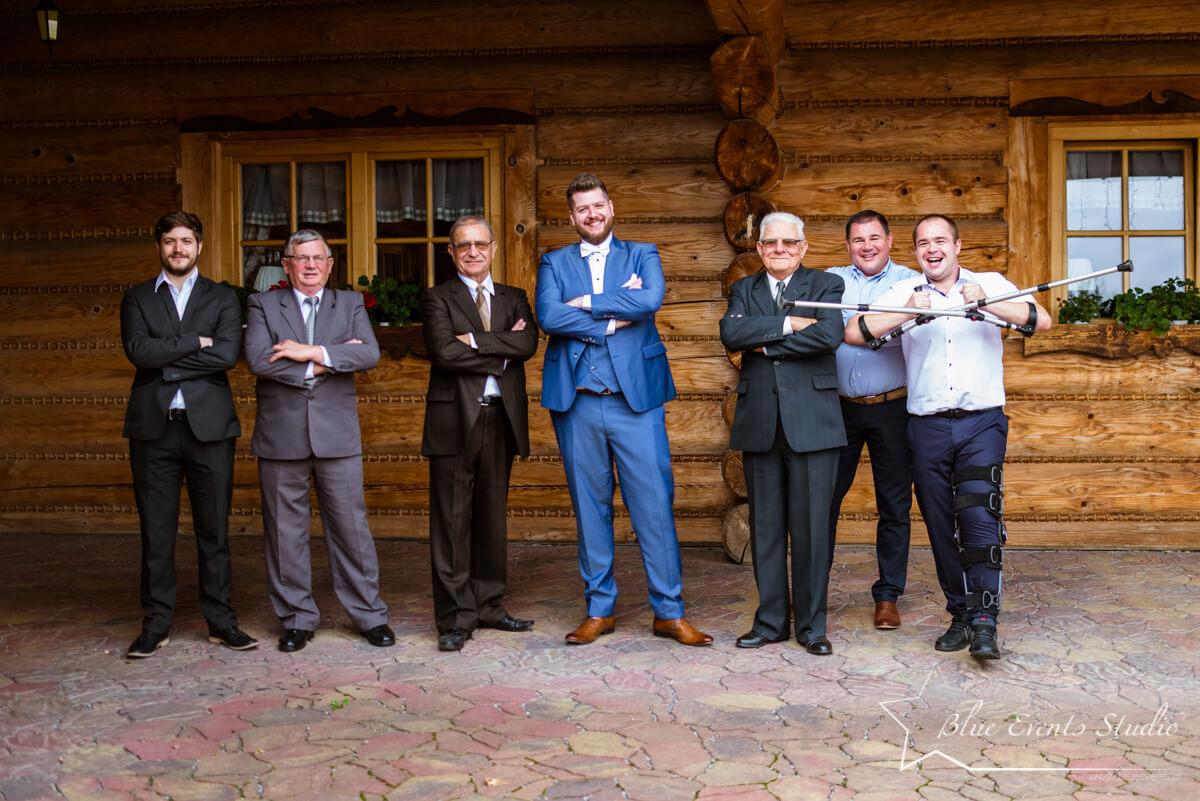 zdjęcie grupowe w Jorguli w Nowej Dębie