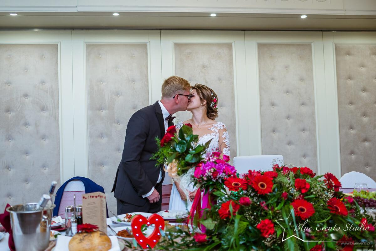 zdjęcia z lokalu Dwór Galicja fotografa ślubnego